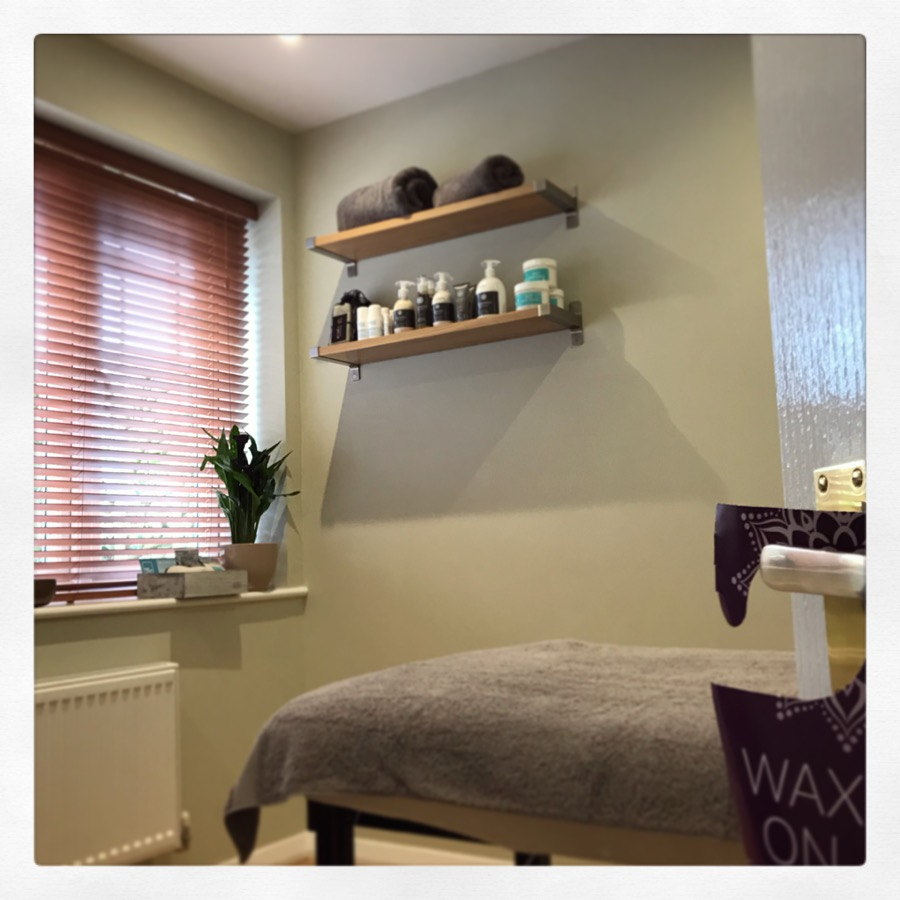 male waxing treatment studio